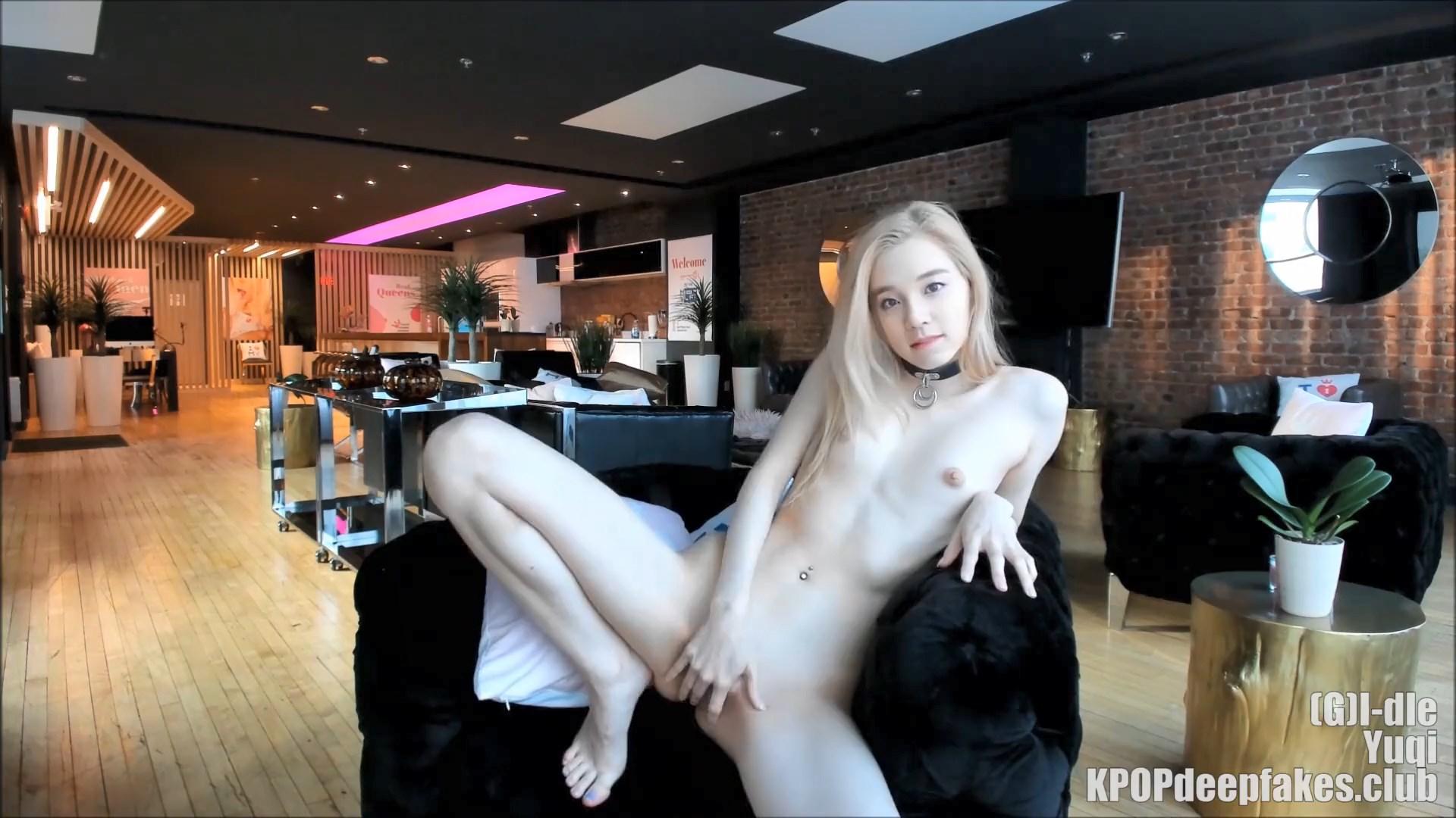 Bokep Korea Cewek Sange Telanjang Di Webcam