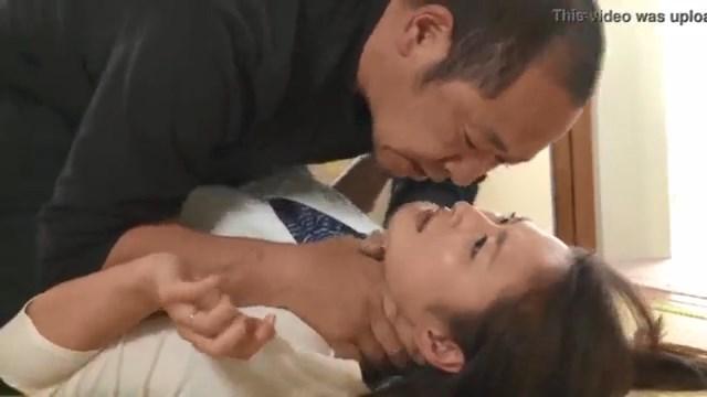Bokep Pemerkosaan Jepang Tukang Becak Perkosa Istri Tetangga