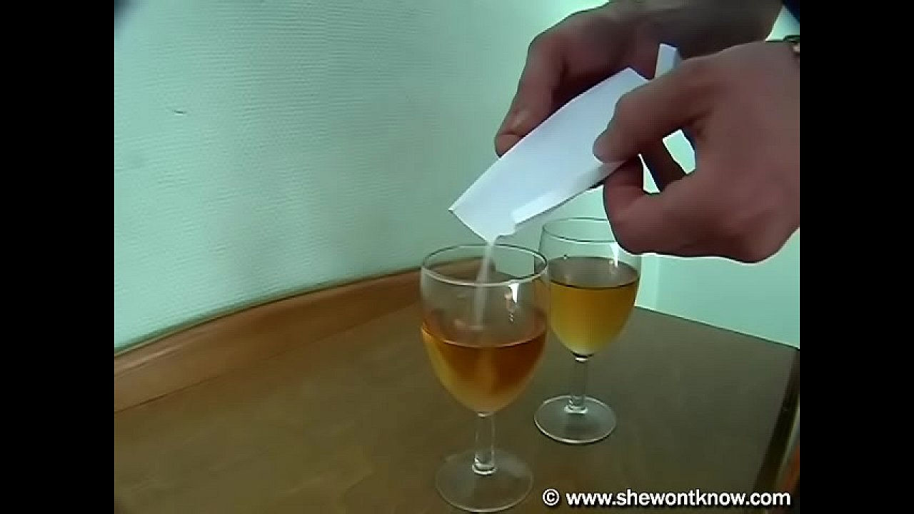 Bokep Barat Ngentot Teman Pake Minuman Perangsang
